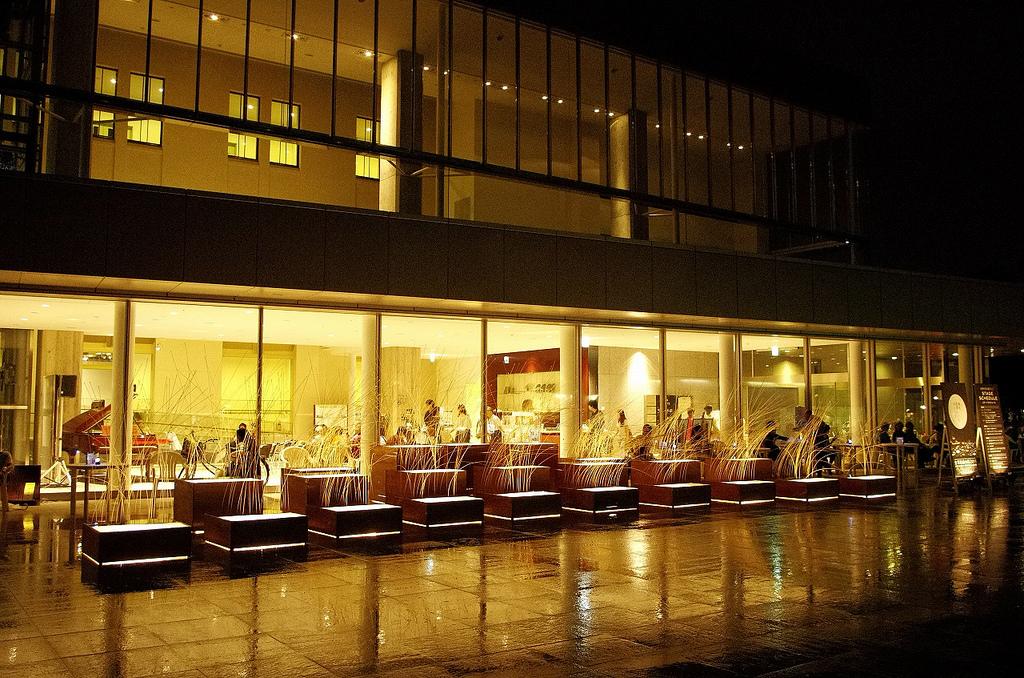 nightlife in kanazawa