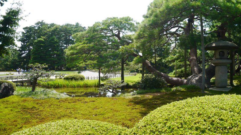 5 Reasons to Go Kenrokuen Garden in Kanazawa – Trip-N-Travel