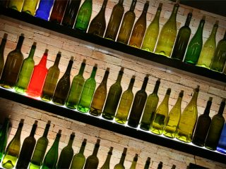Sale & Pepe Wine Bottles