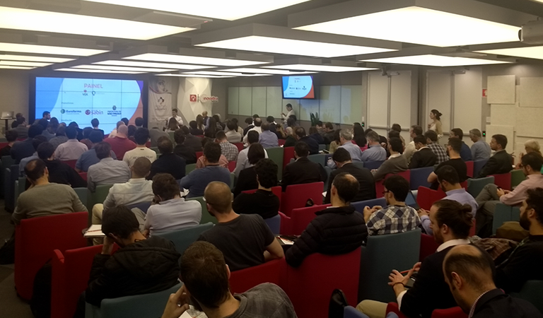Tecnologia para área da saúde foi o tema do painel que lotou o auditório do InovaBRA