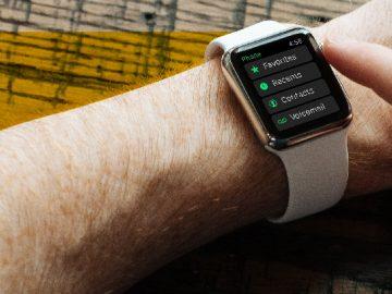Smartwatch faz parte da tecnologia wearable na saúde