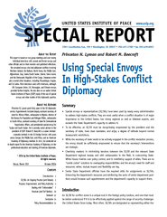 BOUT THE R EPO This report is based on two group meeti