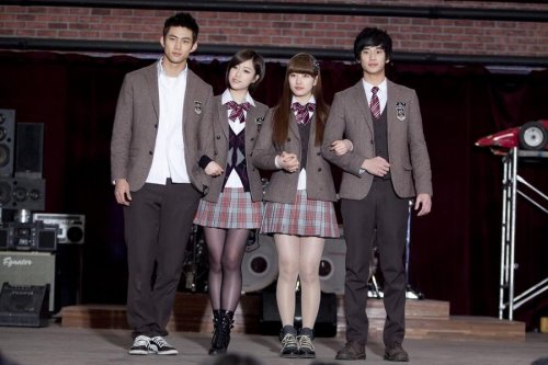[TIARADIADEM.COM] Dream High Larger Size (03.08) -- 003.jpg