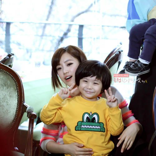 Eunjung with Moon Brothers (2)
