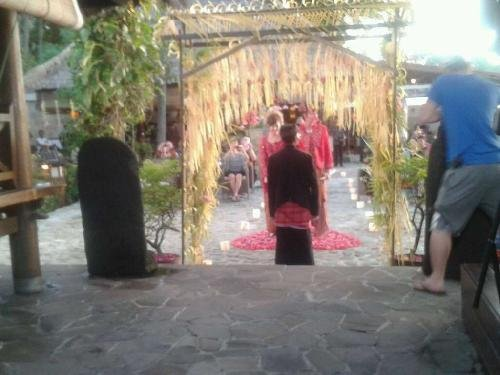 Indonesian marriage 5 (03/07)