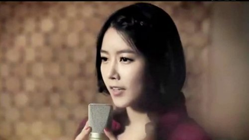 CAPS Song For You MV - Soyeon (04/28) -- 061