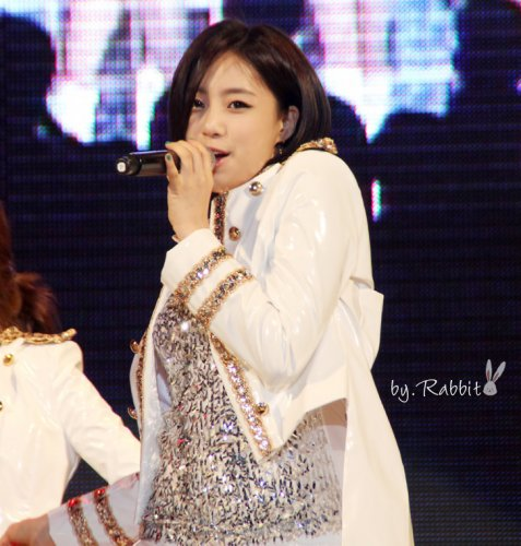 [TIARADIADEM.COM] T Ara perfomed At Kyung Hee University, Seoul Campus Culture Festival (9)(05/22)
