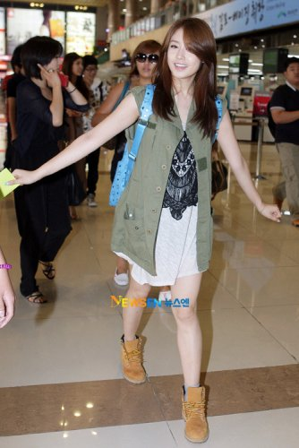 [TIARADIADEM.COM]T-ara at Gimpo Airport Departure for Japan (23)(07/04)
