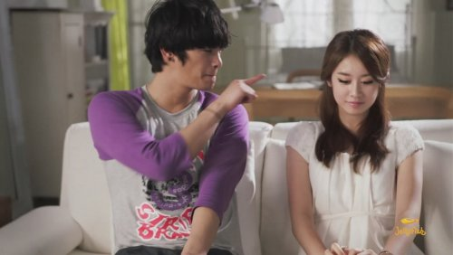 [TIARADIADEM.COM] Jiyeon In Shake It Up MV   Shake It Up   Seo In Guk (20)(08/10)