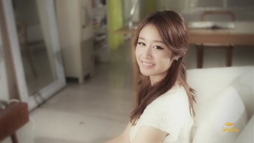 [TIARADIADEM.COM] Jiyeon In Shake It Up MV   Shake It Up   Seo In Guk (40)(08/10)