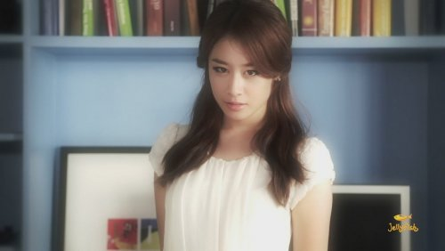 [TIARADIADEM.COM] Jiyeon In Shake It Up MV   Shake It Up   Seo In Guk (34)(08/10)