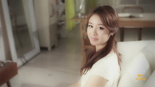 [TIARADIADEM.COM] Jiyeon In Shake It Up MV   Shake It Up   Seo In Guk (39)(08/10)