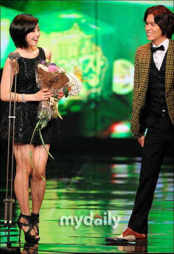 2011 MBC Drama Awards (12/30) -- 034
