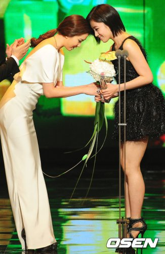 2011 MBC Drama Awards (12/30) -- 024