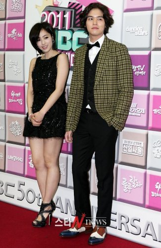 2011 MBC Drama Awards (12/30) -- 025