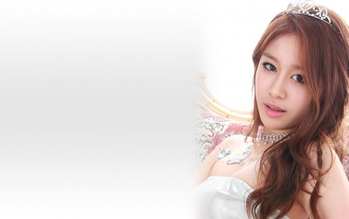 Jiyeon - Jewelry Box Wallpaper (05/18)
