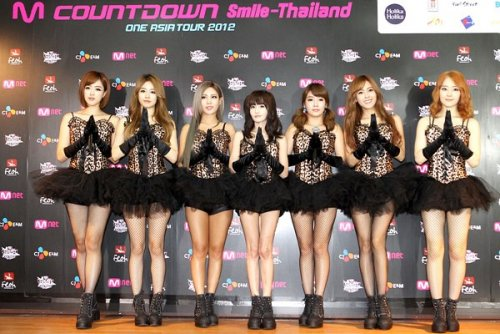 MNET Thailand Press Conference (10/05) -- 017