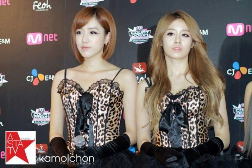 MNET Thailand Press Conference (10/05) -- 032