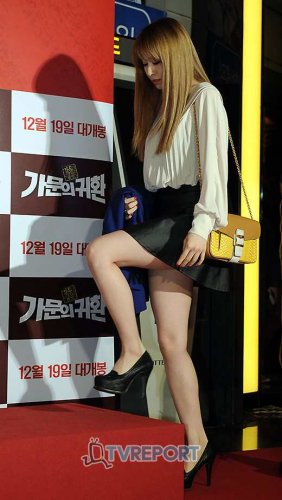 "T-ara at ""Marrying the Mafia 5: Return of the Family"" VIP Premiere (50)"