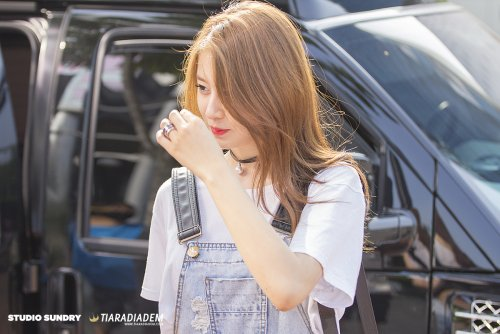 Jiyeon arrival at SBS MTV The Show (06/2015)