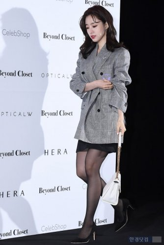 Seoul Fashion Week Beyond Closet - Eunjung (03/2019)