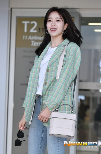 Incheon Airport to Vietnam- Eunjung (03/2019)