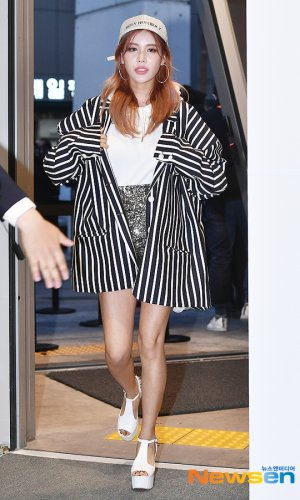 HI SEOUL Fashion Show Holy Number 7 - Qri (03/2019)