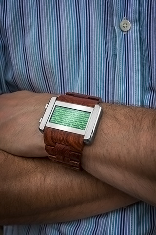 Kaidoku wood on wrist
