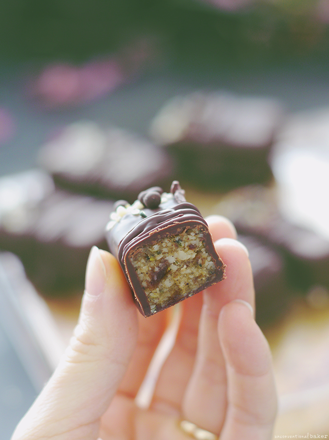Raw Hemp Chocolates (Free from: dairy, gluten & grains, nuts, and refined sugar)
