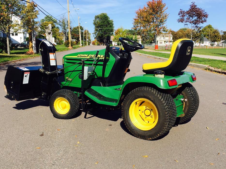Gt John Deere Garden Tractor