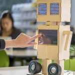 Robot-Confidant
