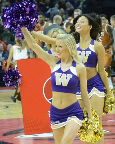 UW Cheer & Dance rallies the crowd