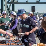 Mariners fan grabs a link at the pregame party