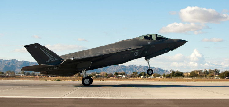 Aussie Who Led Weapons Tests Knocks F-35
