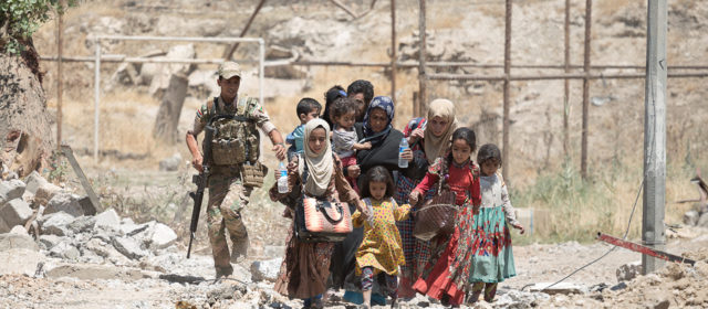 Iraqi Troops Work Under Fire to Save Mosul's Trapped Civilians