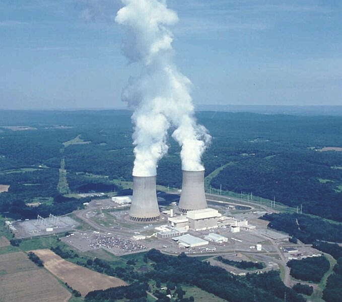 Reactors and Cooling Towers at the Susquehanna Steam Electric Station. Credit: US Government