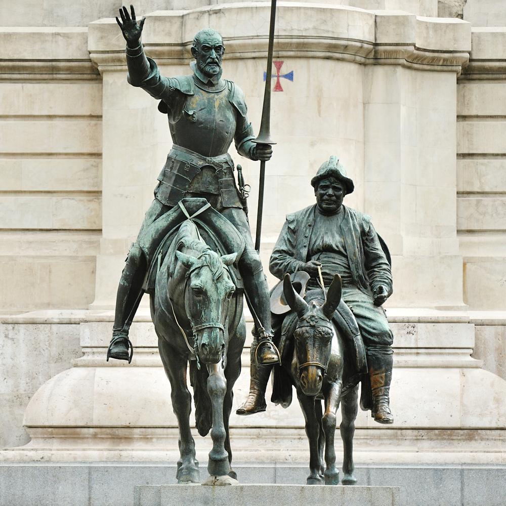 Estatua de Don Quijote de la Mancha y Sancho Panza