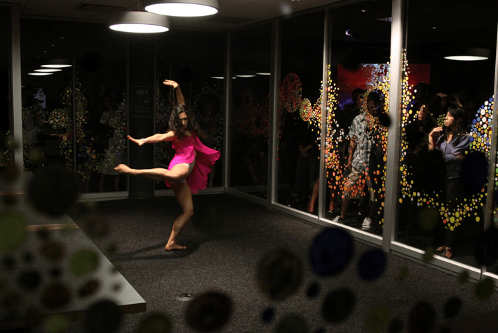 Kyla Dance performing at Tomo Mori exhibition