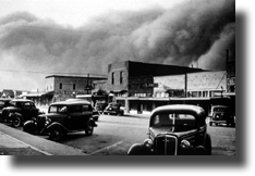 This is an image of Lind in the 1930s with a dust storm approaching.
