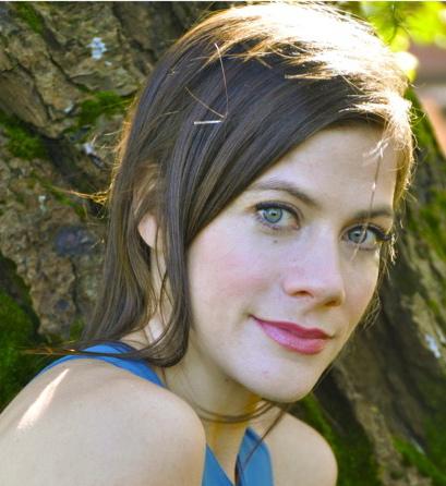 Laura Burkhart Headshot (1)
