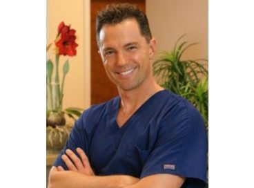 Todd A. Besnoff, MD, a Cosmetic Surgeon with Ultimate Image Cosmetic Medical Center