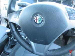 Alfa Romeo Mito Подушка руля HG13602292