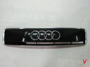 Audi A2 Решетка радиатора HF96758578