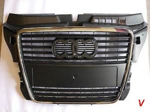 Audi A3 Решетка радиатора HG18241926