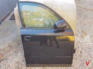 Двери передние Audi A4B6 HG19012078