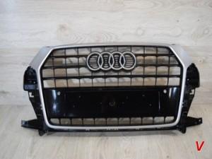 Решетка радиатора Audi Q3 HG82466538