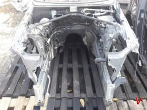 BMW E61 Четверть передняя HG23078693