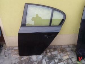 BMW E87 Двери задние HF83122835
