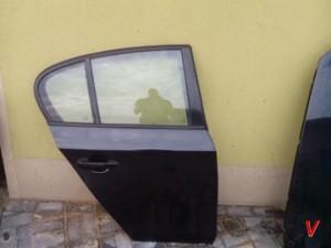 BMW E87 Двери задние HF83134342