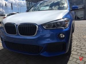Решетка радиатора BMW X1 HG83284585
